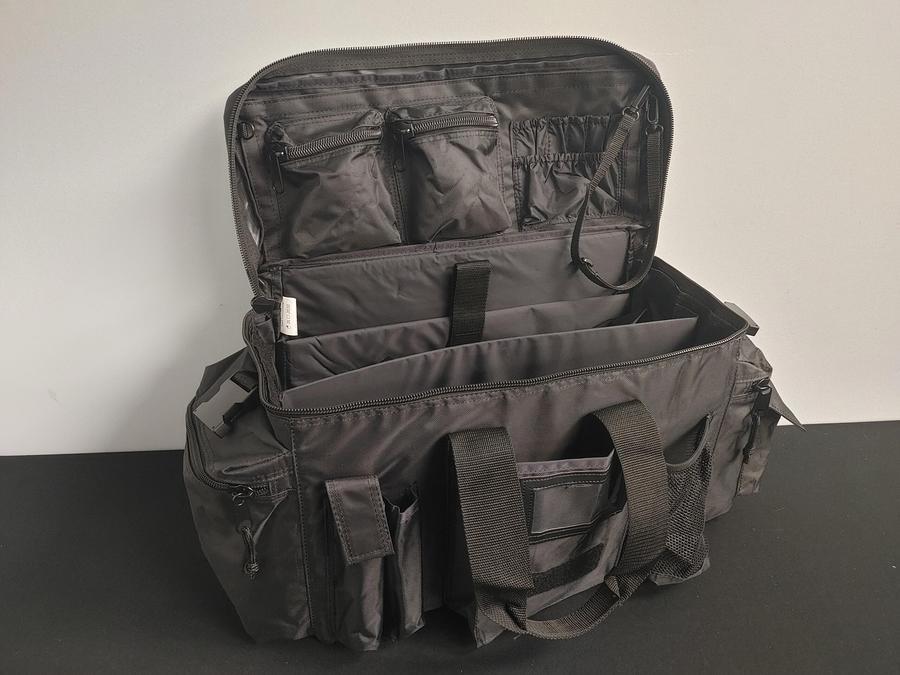 Name:  SIG Range Bag 002.jpg Views: 494 Size:  62.7 KB